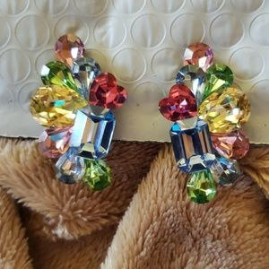 Jewelry - Gorgeous vintage clip earrings